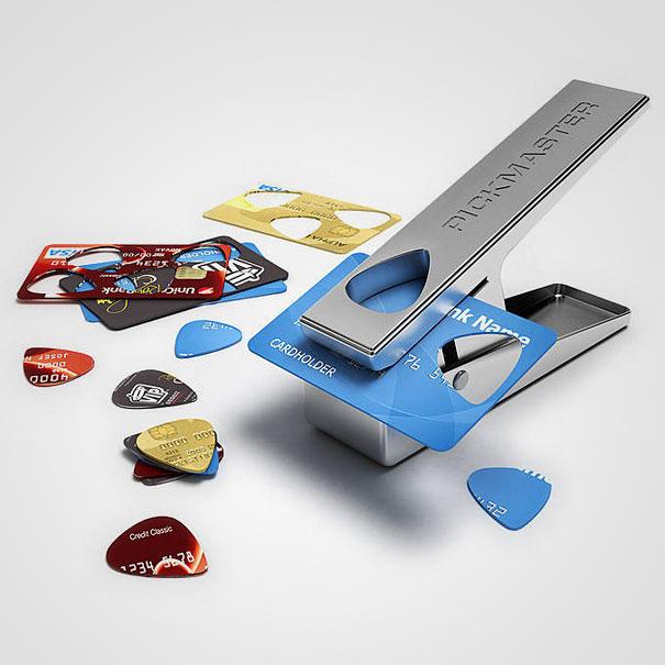 Image result for alat petik gitar dari kartu atm bekas